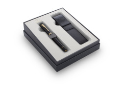 Parker Urban Muted Black GT Fountain Pen T2016 in a gift set with a case