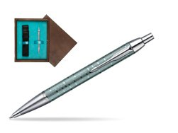 Parker IM Premium Vacumatic Emerald Pearl CT Ballpoint Pen in single wooden box  Wenge Single Turquoise