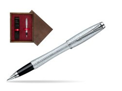 Parker Urban Premium Vacumatic Silver-Blue Pearl CT Fountain Pen in single wooden box  Wenge Single Maroon