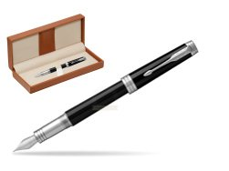 Parker Premier Black Lacquer PT Fountain Pen  in classic box brown