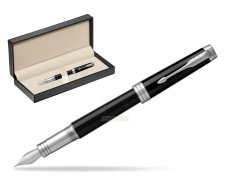 Parker Premier Black Lacquer PT Fountain Pen  in classic box  pure black