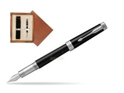 Parker Premier Black Lacquer PT Fountain Pen  single wooden box  Mahogany Single Ecru