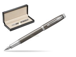 Parker IM Premium Dark Espresso Chiselled CT Fountain Pen  in classic box  black