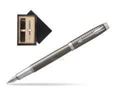 Parker IM Premium Dark Espresso Chiselled CT Fountain Pen  single wooden box  Wenge Single Ecru