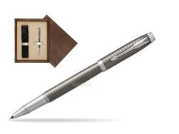 Parker IM Premium Dark Espresso Chiselled CT Rollerball Pen  single wooden box  Wenge Single Ecru