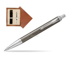 Parker IM Premium Dark Espresso Chiselled CT Ballpoint Pen  single wooden box  Mahogany Single Ecru