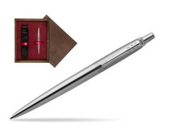Parker Jotter Stainless Steel Chrome Colour Trim Ballpoint Pen  single wooden box  Wenge Single Maroon