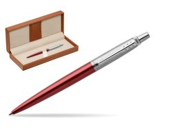 Parker Jotter Kensington Red Chrome Colour Trim Ballpoint Pen  in classic box brown
