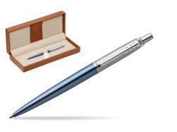 Parker Jotter Waterloo Blue Chrome Colour Trim Ballpoint Pen  in classic box brown