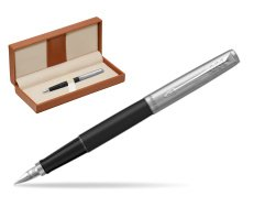 Parker Jotter Bond Street CT Fountain Pen   in classic box brown