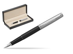 Parker Jotter Bond Street CT Fountain Pen   in classic box  pure black