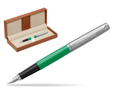 Parker Jotter Originals Green Fountain Pen  in classic box brown