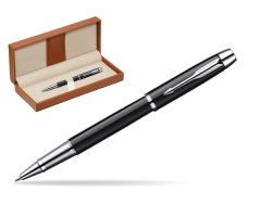 Parker IM Black Lacquer CT Rollerball Pen  in classic box brown