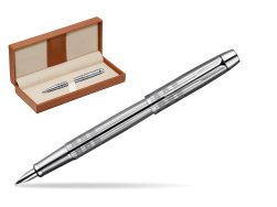 Parker IM Premium Shiny Chrome Metal Chiselled CT Fountain Pen  in classic box brown