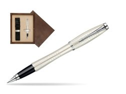 Parker Urban Premium Pearl Metal Chiselled CT Fountain Pen  single wooden box  Wenge Single Ecru