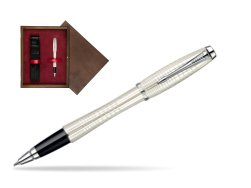 Parker Urban Premium Pearl Metal Chiselled CT Rollerball Pen  single wooden box  Wenge Single Maroon