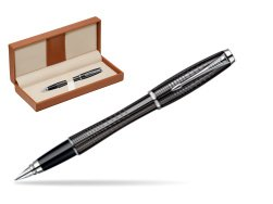 Parker Urban Premium Ebony Metal Chiselled CT Fountain Pen  in classic box brown