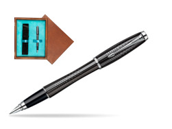 Parker Urban Premium Ebony Metal Chiselled CT Fountain Pen  single wooden box  Mahogany Single Turquoise