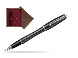Parker Urban Premium Ebony Metal Chiselled CT Fountain Pen  single wooden box  Wenge Single Maroon